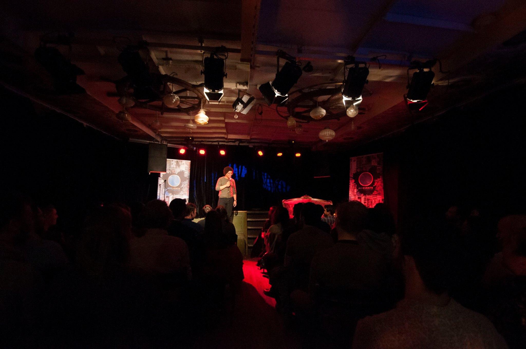 Ticket kopen voor evenement Rotterdam Laughs: Open Mic, Comedy Night