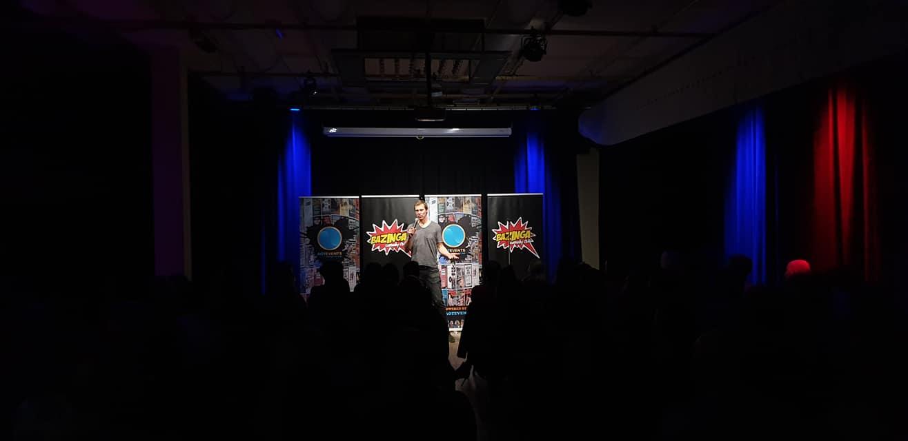 Ticket kopen voor evenement Oosterhout Lacht: Try-out Comedy Middag